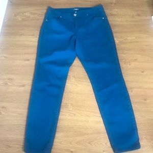 New Directions Blue Extra Stretchy Jeans Size 14